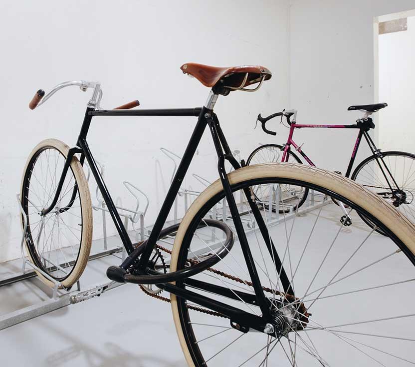 fietsenstalling hubstudios westerpark